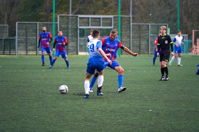 Stroje piłkarskie meczowe