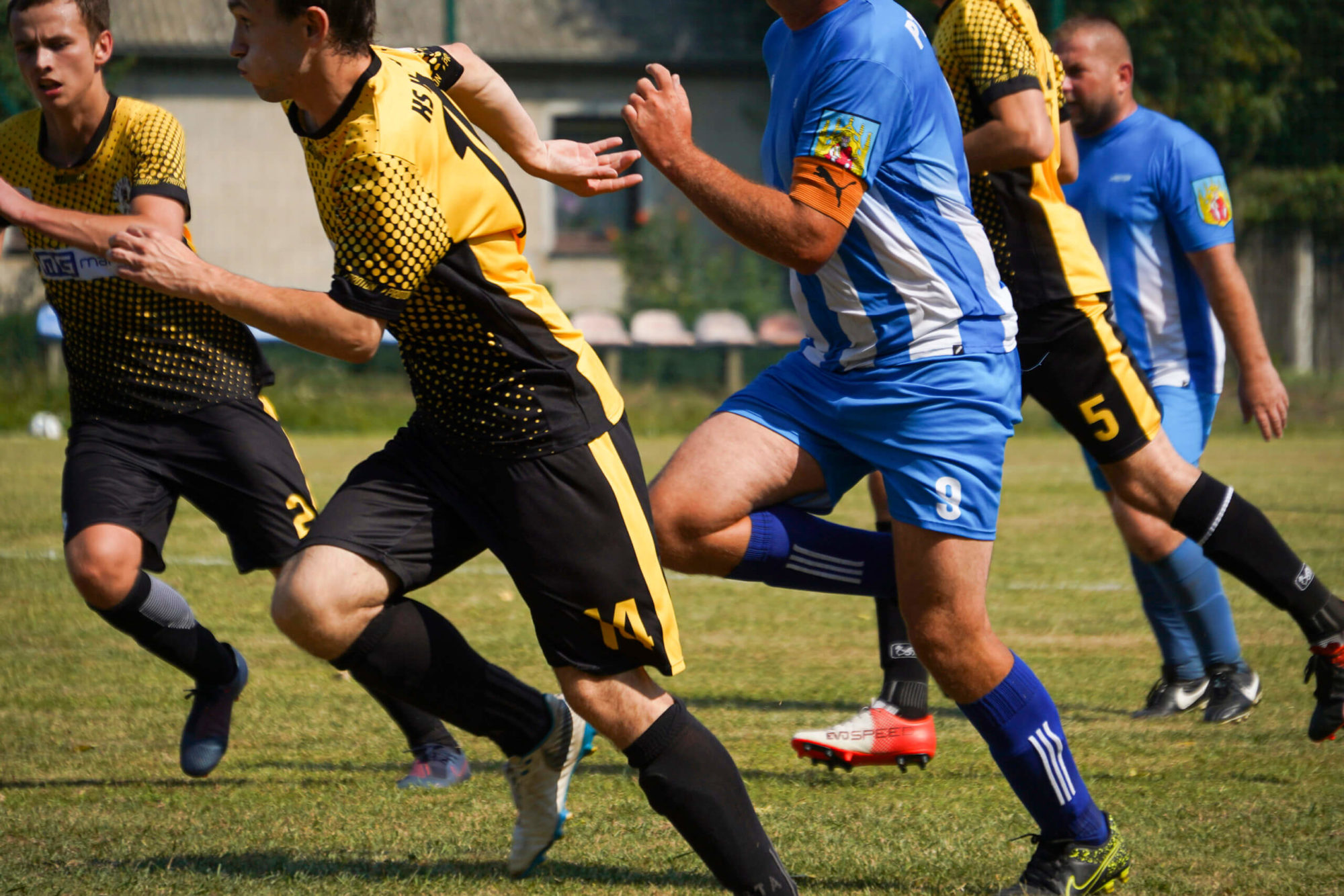 Stroje piłkarskie z nadrukami